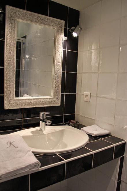 Salle de douche et wc privatifs (étage) - en-suite bathroom