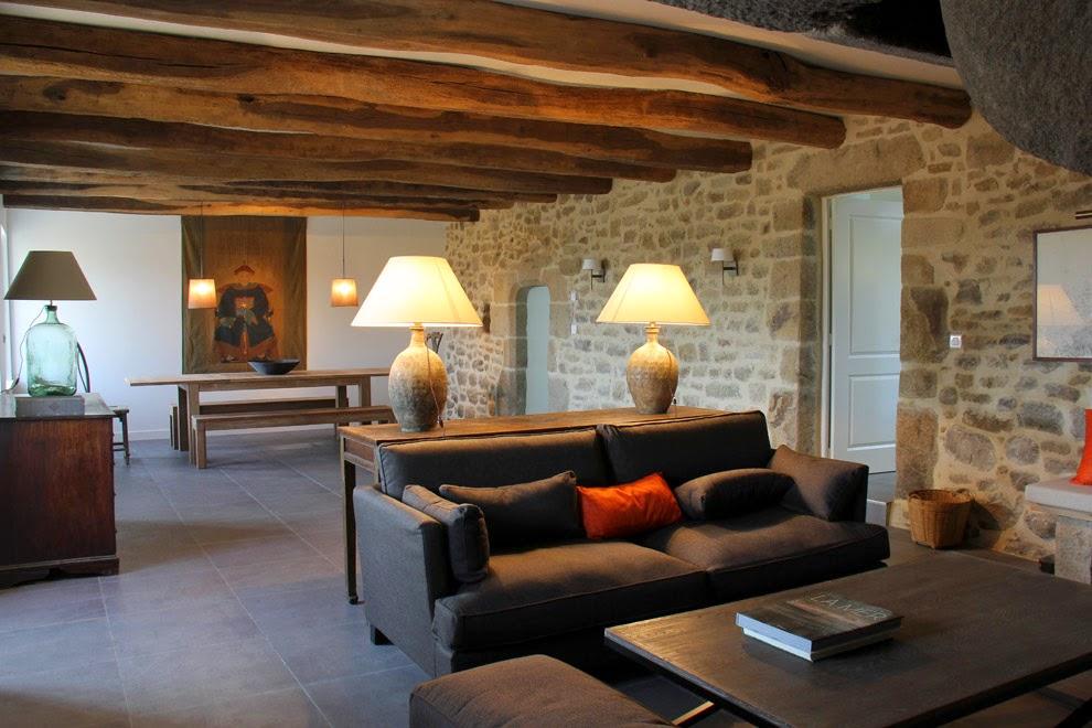 Grand séjour ouvert sur le salon - Large living room open to the living
